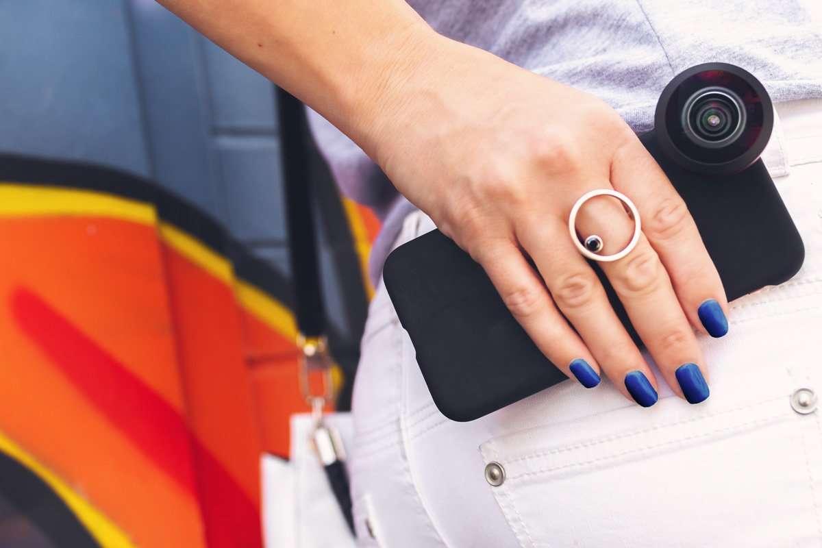 beauty nail pantone 2020